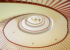 Nürnberg - Up and down the stairs (8) (Karsten Gieselmann) Tags: 714mmf28 architektur em1markii mzuiko microfourthirds olympus treppenhaus architecture kgiesel m43 mft staircase stairs nuremberg bavaria germany