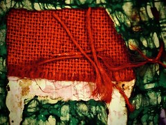 red and green (delnaet) Tags: abstract art textile batik cotton silk red green rotrossorougerood macrodreams