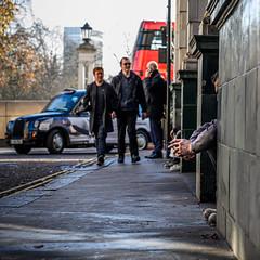 Glimpses-7 (Geza (aka Wilsing)) Tags: candid centrallondon streetscene