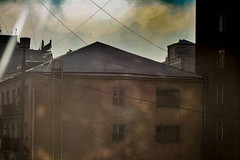 IMG_2171 (Heavenguest) Tags: cloud canon 400d apartment