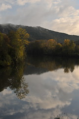 reflet d'automne (jean-marc losey) Tags: france occitanie tarn ambialet rivière randonnée reflet automne d700