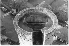 a castle tower from above (sebastel23) Tags: rolleiretro80s exposedlikeiso64 rodinal150 13min