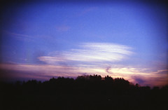 朝焼け (あおい.) Tags: japan nature autumn sunrise morning sky cloud toycamera holga 日本 自然 秋 朝 空 雲