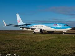 TUIfly D-ATUR OMD (U. Heinze) Tags: aircraft airlines airways airplane planespotting plane flugzeug haj hannoverlangenhagenairporthaj eddv em1markii olympus omd 12100mm