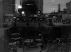 Polaroid (Alex Luyckx) Tags: toronto ontario canada downtown urban metro streets random afternoon cloudy winter christmas wandering walk mamiya mamiyam645 m645 slr 120 645 6x45 mediumformat mamiyasekorc45mm128n foma fomapan fomaretropan320 retropan320 asa320 kodak kodakd76 d76 stock 10 gossenlunasixf epsonv700 adobephotoshopcc bw blackwhite film filmphotography believeinfilm filmisalive filmisnotdead