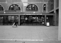 Starbucks (Alex Luyckx) Tags: toronto ontario canada downtown urban metro streets random afternoon cloudy winter christmas wandering walk mamiya mamiyam645 m645 slr 120 645 6x45 mediumformat mamiyasekorc45mm128n foma fomapan fomaretropan320 retropan320 asa320 kodak kodakd76 d76 stock 10 gossenlunasixf epsonv700 adobephotoshopcc bw blackwhite film filmphotography believeinfilm filmisalive filmisnotdead
