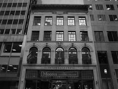 Fairweather (Alex Luyckx) Tags: toronto ontario canada downtown urban metro streets random afternoon cloudy winter christmas wandering walk mamiya mamiyam645 m645 slr 120 645 6x45 mediumformat mamiyasekorc45mm128n foma fomapan fomaretropan320 retropan320 asa320 kodak kodakd76 d76 stock 10 gossenlunasixf epsonv700 adobephotoshopcc bw blackwhite film filmphotography believeinfilm filmisalive filmisnotdead