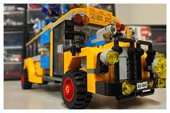 Lego - 70423 Hidden Side (Moro972) Tags: bus yellow toys lego border wheels giallo schoolbus gioco cornice hiddenside iphone11 70423