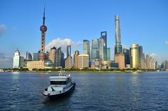 Pudong skyline | Shanghai [EXPLORE] (eyenamic) Tags: shanghai pudong skyline riverfront boat china cityscape highrise scyscrapers nikon d5100