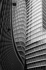 Mirroring (gibelgraphics) Tags: london thecity palazzi grattacieli facciateavetro riflessi bn monocromo v architetture