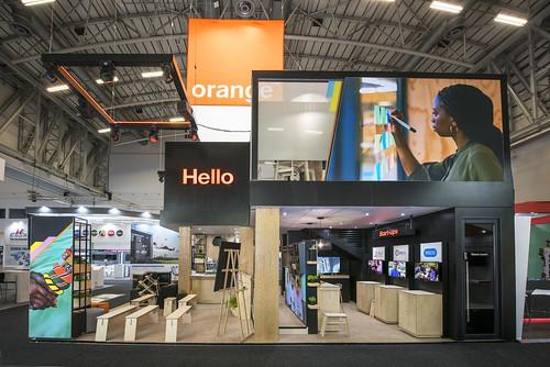 _AFC3599.Orange