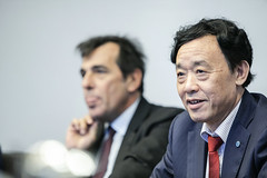 12193s9700 (FAO News) Tags: fao headquarters rome italy signing agreement centroagroalimentarediroma car mercatigenerali generalmarkets directorgeneral qu