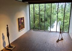 I always loved this room at the Louisiana modern art museum (Lars Plougmann) Tags: sculpture architecture pond lake window art museum humlebæk capitalregionofdenmark denmark