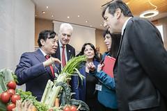 12193s9584 (FAO News) Tags: fao headquarters rome italy signing agreement centroagroalimentarediroma car mercatigenerali generalmarkets directorgeneral qu