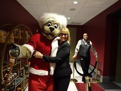 Game_11_Pistons_00021 (Moondog Mascot) Tags: pistons cavs clevelandcavaliers 12032019 moondog santa