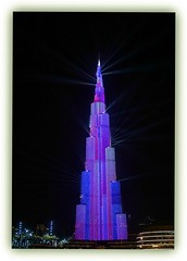 light show - Burj Khalifa (Körnchen59) Tags: burjkhalifa turm architektur lichtshow lightshow dubai körnchen59 elke körner sony 6000