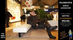 Au centre commercial (pascal en bottes) Tags: pascal pascalbourcier pascallebotteux centrecommercial bottédecaoutchouc bottescaoutchouc bottesencaoutchouc caoutchouc cap casquette botasdehule bottésdecaoutchouc diapered diapers stivalidigomma httpbottescaoutchoucfreefr laarzen rubberlaarzen seineetmarne stiefel stivali stövler street supergastivali wellies wellingtonboots shopping rubberboots gummistiefel gumboots bottes botas boots rainboots bottescaoutchoucfreefr cizme ciszme cižmy diaperedinwellies gomma gummistövlar gumicsizma gumicizme gummicizme hule httpbottescaoutchoucfreefrgalpascaljourjourpb002013html rubber rubberen rue stövlar stovlar gâtinais wellington