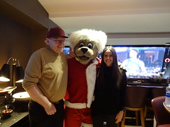 Game_11_Pistons_00018 (Moondog Mascot) Tags: pistons cavs clevelandcavaliers 12032019 moondog santa
