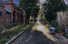 the old chapel (Renate R) Tags: chapel kapelle priesterweg matthäifriedhofsweg path alley allee fahrrad bike light shadow