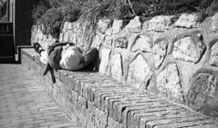 Sleeper (4foot2) Tags: streetphoto streetshot street streetphotography candidportrate candid reportage reportagephotography analogue people peoplewatching interestingpeople sleep sleeping 35mmfilm bw blackandwhite monochrome mono voigtlander vitob voigtländervitob rolleiretro rolleiretro400s 400s kodakhc110 hc110 kodak 2019 fourfoottwo 4foot2 4foot2flickr 4foot2photostream eastbourne