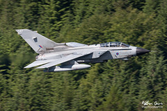 RAF Tornado GR4 ZA556 low level at Thirlmere (NDSD) Tags: low level panavia tornado gr4 thirlmere cumbria flying jet raf lake district plane aviation aircraft