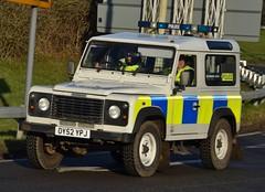 Hertfordshire Police Land Rover Defender Rural Response Vehicle (Oxon999) Tags: 999 999uk uk999 police policeunmarked policeforce policebmw policecar policevauxhall hertspolice hertfordshirepolice defender