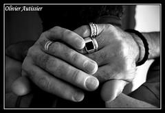 Jean-Michel II - 46 (L'il aux photos) Tags: homme man masculin mâle main hand