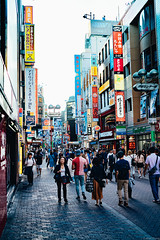 Tokyo Street (alan_zheng) Tags: sony a7riii zeiss batis 40mm f2 cf japan tokyo