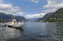 Lago di Como (Andreas Laimer) Tags: como lombardia italia lago acqua barca barche panorama landscape sony cielo montagne contrasto nuvole