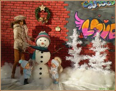 4.advent day (Mary (Mária)) Tags: barbie doll diorama winter advent christmas christmastree snowman snow graffiti handmade dollphotography dollcollector dollphotographer children mattel marykorcek