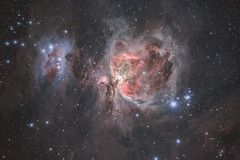 M42 Orion nebula and NGC1977 Running Man nebula (Cedric BEGUE) Tags: astrometrydotnet:id=nova3788091 astrometrydotnet:status=solved