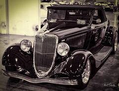 Streetside Classics 10 (4 Pete Seek) Tags: classic classiccars classiccruisers streetsideclassics cars auto blackwhite blackandwhite whiteandblack lithiasprings lithiaspringsgeorgia 34fordconvertible