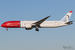 NORWEGIAN G-CKWC B787-9 EGKK 02/12/19 (_alphabravo) Tags: avgeek aviation aviationphotography airplane airport avporn airliner airline canon eos600d eos england egkk gatwick gatwickairport planespotter planespotting photography plane planeporn sky window jet cloud aircraft cockpit lgw boeing