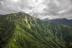 _5D39211 (dendrimermeister) Tags: kauai hawaii napali cliff canyon helicopter chopper aerial color landscape scenery cloud