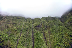 _5D39334 (dendrimermeister) Tags: kauai hawaii napali cliff canyon helicopter chopper aerial color landscape scenery mist cloud