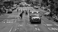 Street scenes at dusk (SLpixeLS) Tags: unitedstatesamerica newyorkcity newyork usa city noiretblanc blackandwhite street car ambulance people dusk