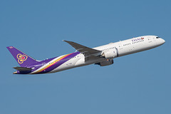 Thai Airways Boeing 787-900 Dreamliner; HS-TWB@BKK;05.12.2019 (Aero Icarus) Tags: bangkoksuvarnabhumiairport bkk bangkok thailand plane avion aircraft flugzeug