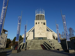 Liverpool Metropolitan Cathedral (Tony Worrall) Tags: liverpool merseyside mersey scouse welovethenorth nw northwest north update place location uk visit area attraction open stream tour photohour photooftheday pics country item greatbritain britain british gb capture buy stock sell sale outside dailyphoto outdoors caught photo shoot shot picture captured ilobsterit instragram england architecture building church catholic wigwam liverpoolmetropolitancathedral modern