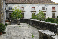 Abandonnée (hans pohl) Tags: portugal setubal azeitao abandonné abandoned architecture maisons houses fenêtres windows