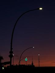 Sunrise over Berlin (ANBerlin [Ondré]) Tags: laterne lantern natur nature silhouette drausen outdoor earlymorning colourfulsunrise colorfulsunrise fernsehturm televisiontower logo beleuchtung licht illumination lights fotografie photography ausergewöhnlich extraordinary stadtleben stadtansichten städtisch stadt citylife cityscape urban city sonnenaufgang sunrise strasenfotografie streetphotography morgens morning bahnhof station sbahn suburbantrain rot red himmel sky heaven roterhimmel redsky landschaft landscape deutschland germany berlin prenzlauerberg greifswalderstrase anb030 shotoniphone iphotography iphonography 8plus iphone8 iphone apple