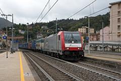 483 320 Mercitaliarail (Maurizio Boi) Tags: treno train zug rail railway railroad ferrovia eisenbahn locomotiva locomotive italy mercitaliarail imir akien e483 cargo e655