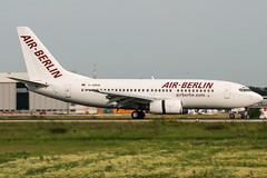 D-ABBW (PlanePixNase) Tags: eddl dus dusseldorf düsseldorf airport aircraft planespotting lohhausen boeing 737 airberlin 737700 b737