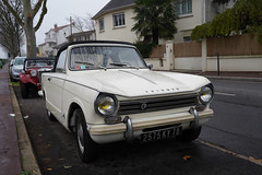 Triumph Herald cabriolet (monsieur Burns) Tags: sonyphotographing triumph herald