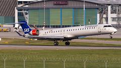Bombardier CRJ-900LR EI-FPJ SAS Scandinavian Airlines (William Musculus) Tags: aviation spotting airport william musculus plane airplane str edds stuttgart flughafen eifpj sas scandinavian airlines bombardier crj900lr cl6002d24 sk canadair regional jet