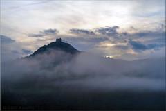 nebulous (Bernergieu) Tags: südtirol italia nebel fog mountains berge burg castle schloss gegenlicht backlight clouds wolken kalterersee morning morgen