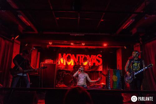 Montoyas abriendo a No Fun At All