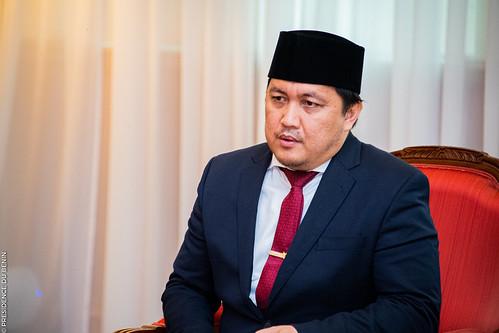 S.E.M. Usra Hendra HARAHAP de la République d'Indonésie-21