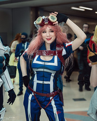 _77A9379-1 (nigel6500) Tags: cosplay comicon nec costume babe