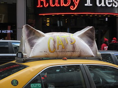 2019 CATS Movie Musical Ad on top of Taxi Cab 1319 (Brechtbug) Tags: 2019 cats scalp riding top taxi cab movie musical broadway billboard kinda look like mutants new york city 12052019 nyc action andrew lloyd webber 80s winter garden theater show portrait poster standee theaters 7th ave 41st street above times square