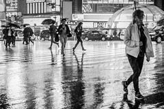 Escape the rain! (view full-screen) (Piotr_Lewandowski) Tags: shinjuku tokyo japan nippon asia street streetphotography candid rain storm urban city run umbrella people blackandwhite blackwhite bw bnw mono monochrome
